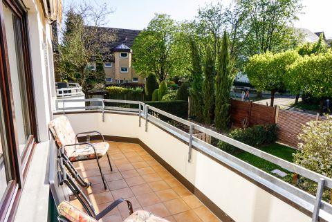 Großzügige 3-Zimmerwohnung mit sonnigem Balkon und EBK.