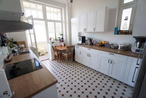 Sanierte 3 Zimmer Altbauwohnung in ruhiger Lage
