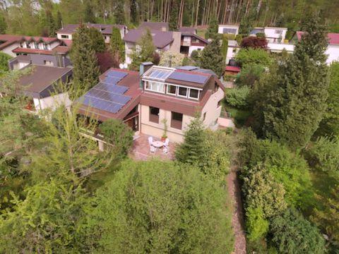 Großzügiges Architektenhaus mit sep. Wohnung und Praxis