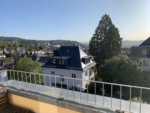 Tolle 4,5 Zimmerwohnung mit Blick über die Stadt