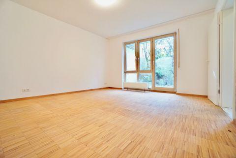 Gemütliche 1-Zimmer-Wohnung mit EBK, Terrasse und Stellplatz