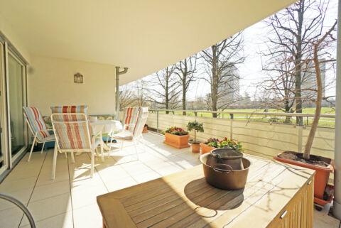 Barrierefreie Traumwohnung mit großer Terrasse in Sillenbuch