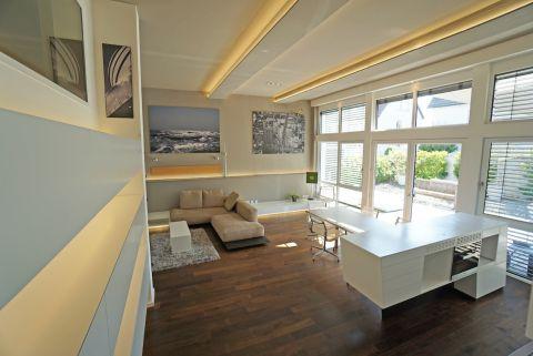 Designer-Loftwohnung mit großer Terrasse!