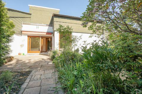 Charmantes Haus mit schönem Garten in Ortsrandlage!