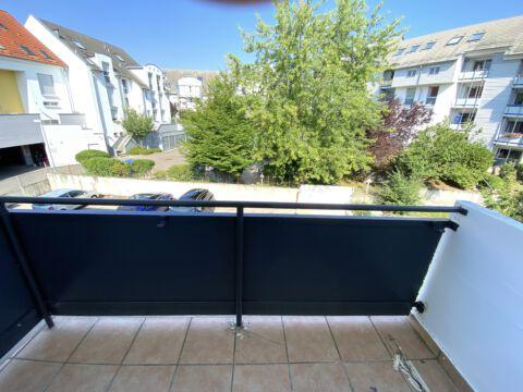 Komplett sanierte 3 Zimmerwohnung mit Balkon in toller Lage