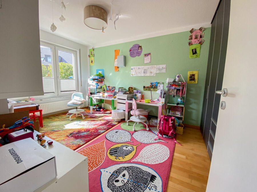 Barrierefreie 4,5 Zimmerwohnung mit großer Terrasse. - Kinderzimmer