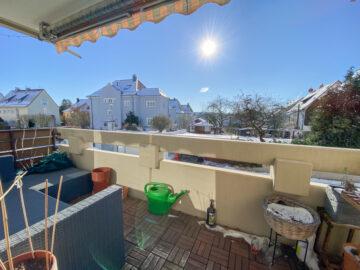 Sonnige 2 Zimmerwohnung mit Balkon, EBK und Garage, 70469 Stuttgart Feuerbach, Etagenwohnung