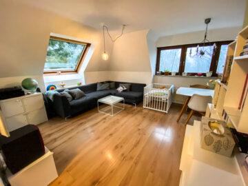 Gemütliche 3,5-Zi-Dachgeschosswohnung in S-Degerloch, 70597 Stuttgart Degerloch, Dachgeschosswohnung