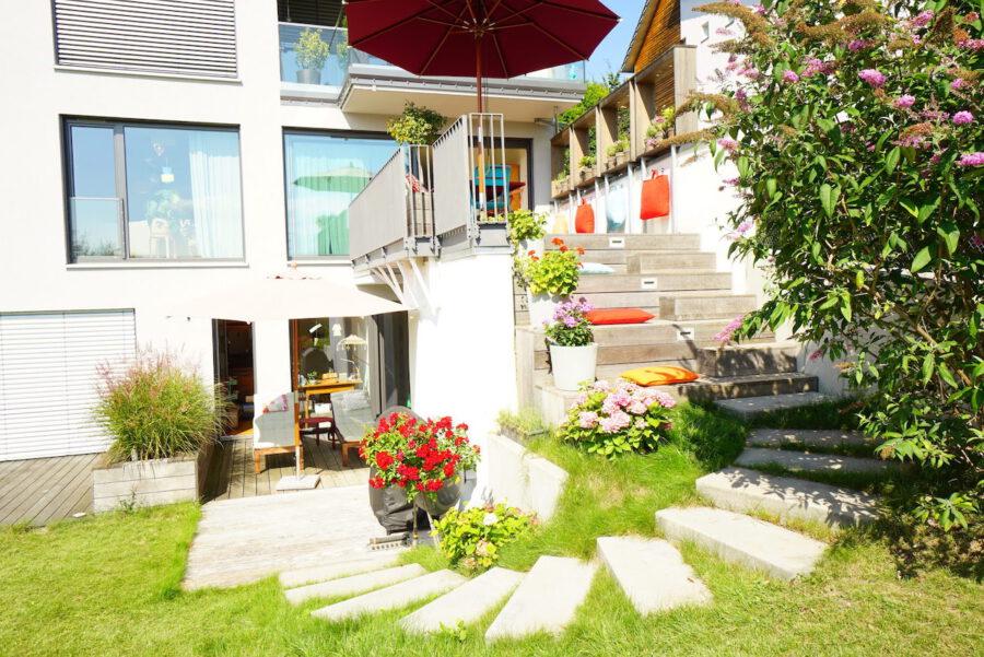 Traumhafte Neubauwohnung mit Terrasse und Garten - Terrasse