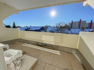 Frisch sanierte 2-Zimmerwohnung mit Balkon und EBK, 70806 Kornwestheim, Etagenwohnung