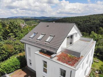 Luxus-Wohnung mit 2 großen Terrassen in traumhafter Lage von S-Sillenbuch, 70619 Stuttgart Sillenbuch, Dachgeschosswohnung