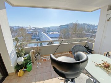 Sonnige 2-Zimmerwohnung mit großem Balkon direkt am Neckar., 71686 Remseck am Neckar, Etagenwohnung