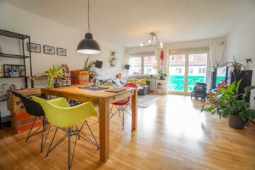 Hochwertige und zentrale 2,5 Zimmerwohnung mit Balkon, 70184 Stuttgart Stuttgart-Süd, Etagenwohnung