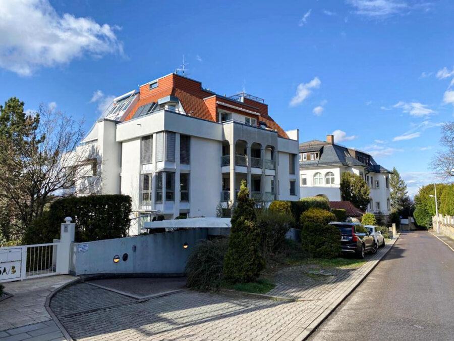 Helle und großzügige 4,5-Zimmer Wohnung mit 3 Terrassen und tollem Blick - Außenansicht