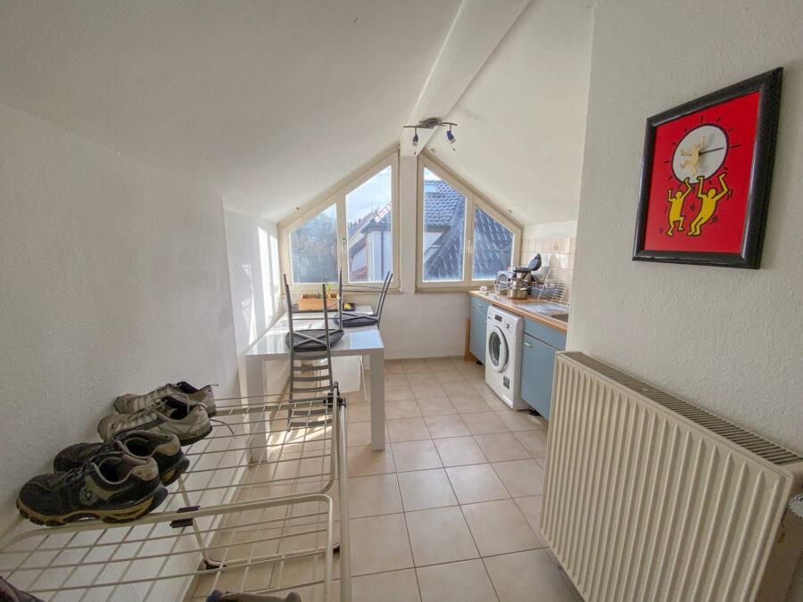 4-Parteienhaus mit großem Garten und Potenzial in gefragter Lage. - Dachgeschoss