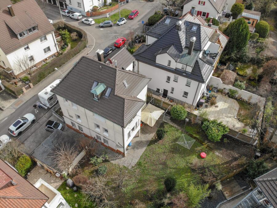 4-Parteienhaus mit großem Garten und Potenzial in gefragter Lage. - Außenansicht