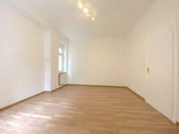 Große 3-Zimmer Altbauwohnung im Herzen des Stuttgarter Südens mit EBK, 70199 Stuttgart Stuttgart-Süd, Etagenwohnung