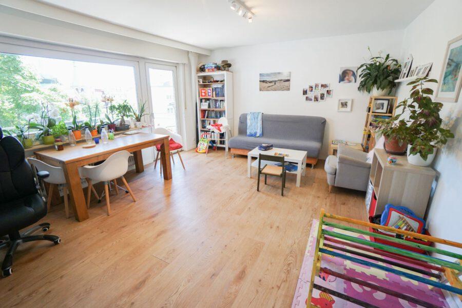 Sonnige 3-Zimmerwohnung in toller Lage - Wohn-/Essbereich