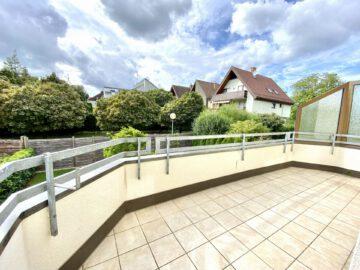 Sonnige und Großzügige 3-Zimmerwohnung mit Balkon und EBK, 73760 Ostfildern, Etagenwohnung