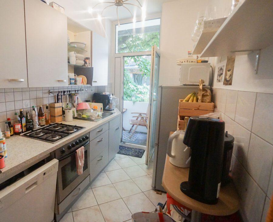 Großzügige Beletage-Altbauwohnung in zentraler Lage mit großer Terrasse - Küche