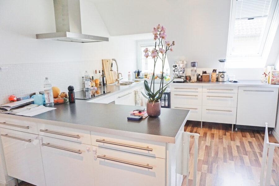 Loftartige Maisonettewohnung mit EBK in zentraler Lage - Küche
