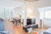 Loftartige Maisonettewohnung mit EBK in zentraler Lage - Wohnbereich