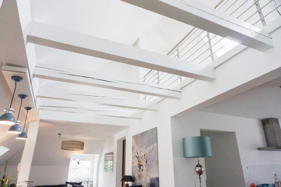 Loftartige Maisonettewohnung mit EBK in zentraler Lage - Offener Wohnbereich