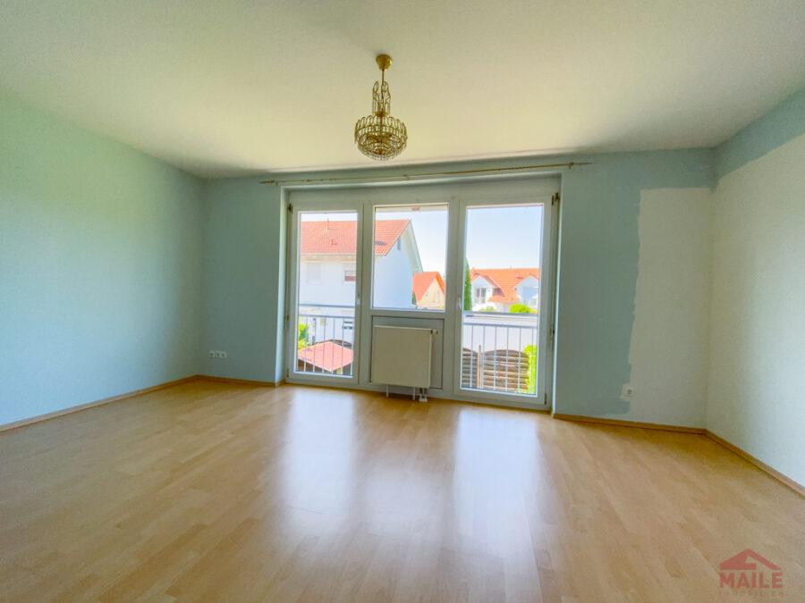 Sonnige Doppelhaushälfte mit Garage und EBK - Schlafzimmer 2